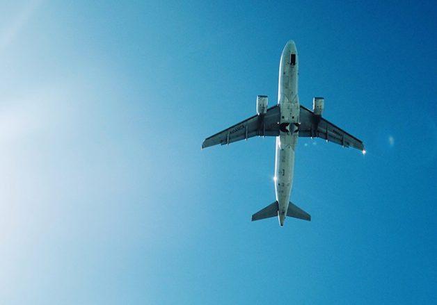 التحليق عالياً: كيف تطير الطائرة
