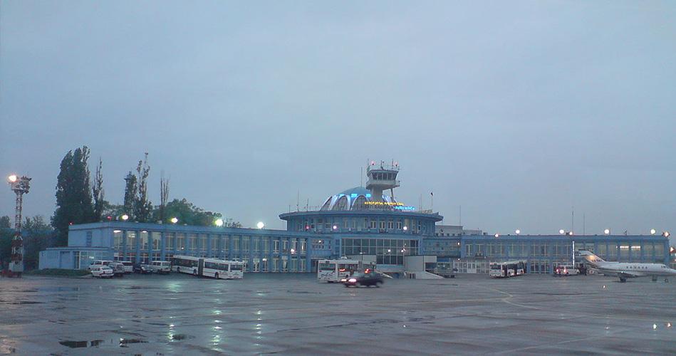 3- مطار أوريل فلايكو، رومانيا